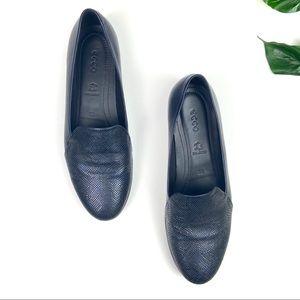 Ecco leather flats blue snake skin pattern size 8